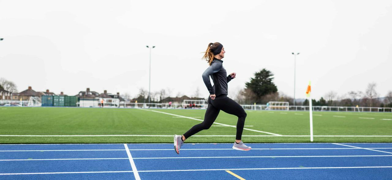 Does running affect muscle gain?